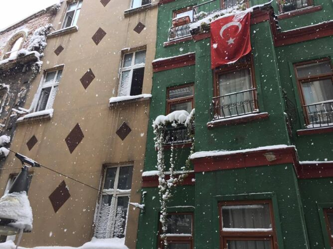 Zima zapanowała także w Stambule