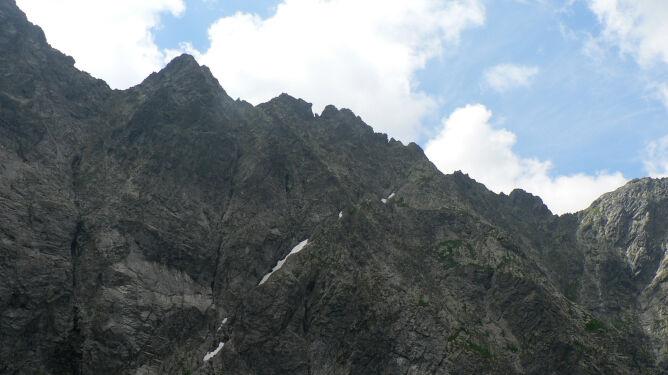 Tragedia w Tatrach. Polak nie przeżył upadku z Hińczowej Turni